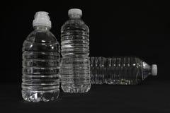 Прозрачные бутылки питьевой воды Стоковая Фотография