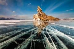 Прозрачный лед на Lake Baikal Сибирь, Россия стоковые фотографии rf