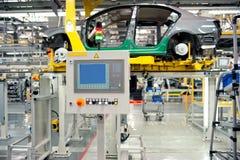 Производственная линия монтажного цеха автомобиля Стоковое фото RF