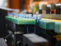 Производство дуновения пластичной бутылки горячее Стоковое Фото