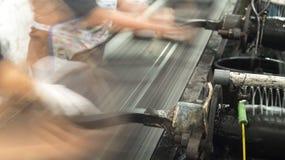 Производить брикеты угля от затира угля Стоковое фото RF