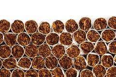 Производственная линия сигарет стоковые фото