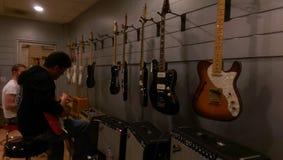 Производство гитары Стоковая Фотография