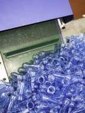 Производство дуновения пластичной бутылки горячее Стоковые Изображения