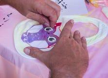 Производящ bib младенца детский душ Стоковое Изображение