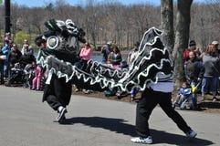 Пройдите парадом на 37th ежегодном фестивале Daffodil в Meriden, Коннектикуте стоковое изображение