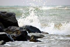 Прокалывая волны Стоковые Изображения