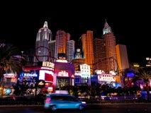 Прокладка гостиницы казино в Лас-Вегас на ноче стоковые изображения