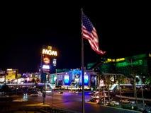Прокладка гостиницы казино в Лас-Вегас на ноче стоковое фото rf