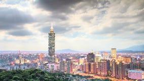 Промежуток времени вида на город Тайбэя сток-видео