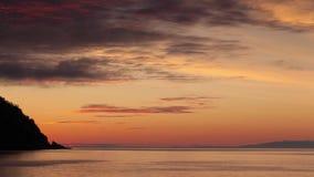 Промежуток времени восхода солнца над морем сток-видео