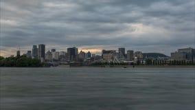 Промежуток времени горизонта города Монреаля на вечере лета, Timelapse сток-видео