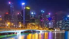 Промежуток времени городского пейзажа 4K ночи Сингапура сток-видео