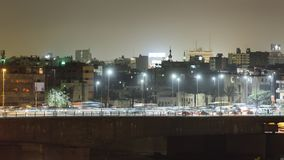 Промежуток времени движения ночи Каира сток-видео