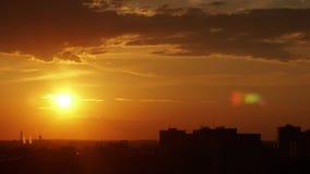 Промежуток времени заходящего солнца акции видеоматериалы