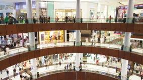 Промежуток времени мола Дубай Лоток вверх видеоматериал
