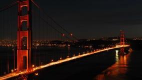 Промежуток времени - мост золотого строба на ноче - 4K - 4096x2304 видеоматериал