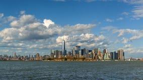 Промежуток времени небоскребов района Нью-Йорка City's более низких Манхаттана финансовых акции видеоматериалы