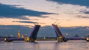 Промежуток времени Санкт-Петербурга России сток-видео