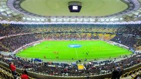 Промежуток времени стадиона усаживает заполнять вверх с людьми видеоматериал