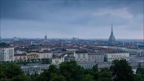 Промежуток времени Турина полный HD восхода солнца над городом сток-видео