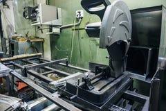 Промышленная фабрика с инструментами оборудования, промышленная предпосылка Стоковые Фотографии RF