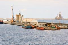 Промышленное здание в порте Стоковое Изображение RF