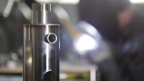 промышленное изготавливание Деталь утюга в фокусе стоковая фотография rf