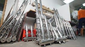 промышленное изготавливание Хранение с деталями трубки утюга для конструкции Сварные конструкции стоковая фотография rf