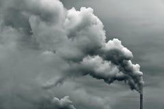 промышленный дым загрязнения Стоковая Фотография