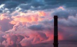 Промышленный стог печной трубы Стоковая Фотография RF