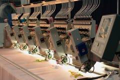 Промышленная машина вышивки Стоковая Фотография RF