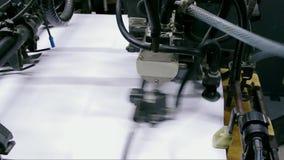 Промышленная печатная машина в процессе акции видеоматериалы