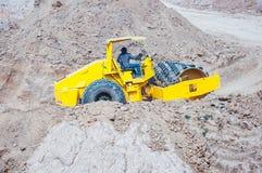 Промышленное машинное оборудование на работая строительной площадке конструкции Стоковая Фотография RF