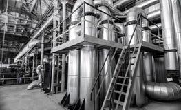 Промышленные предпосылки с большими трубами Стоковые Фото