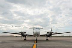 пропеллер плоскости стоянкы автомобилей авиапорта Стоковая Фотография RF