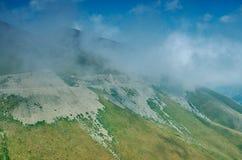 Пропуск Kaldama дороги горы стоковое фото rf