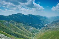 Пропуск Kaldama дороги горы стоковые изображения
