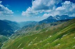 Пропуск Kaldama дороги горы стоковое изображение