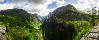 Пропуск Stalheim в Hordaland в Норвегии Стоковые Фото
