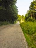 Проселочная дорога в холмах Hocking, Огайо замотки стоковое фото rf