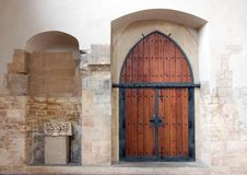 Простая деревянная дверь Стоковые Фотографии RF