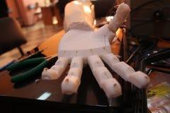 Простетическая рука Стоковая Фотография