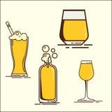Простой комплект значков стекла пива oktoberfest собрания Oktoberfest Комплект значков плоского пива с пеной Пивная бутылка, glas бесплатная иллюстрация