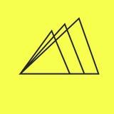 Простые горы логотипа 3 линий на желтой предпосылке иллюстрация вектора