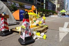 Протестующие демократии Гонконга воюют их главу исполнительной власти Стоковое фото RF