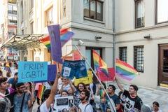 Протестующие женщин вновь собираются в kadikoy, Стамбул, Турция Стоковое фото RF