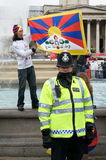 протестующие полиций Стоковое фото RF