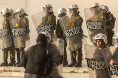 Протесты анархиста в Афинах, Греции стоковые изображения rf