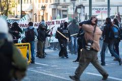 Протесты анархиста в Афинах, Греции стоковая фотография